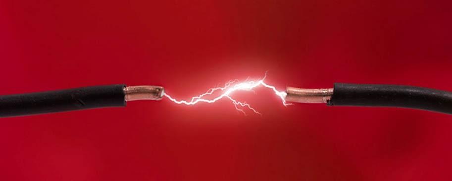 اتصالی برق در ساختمان