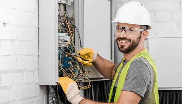 مشکل اتصالی برق در ساختمان ها