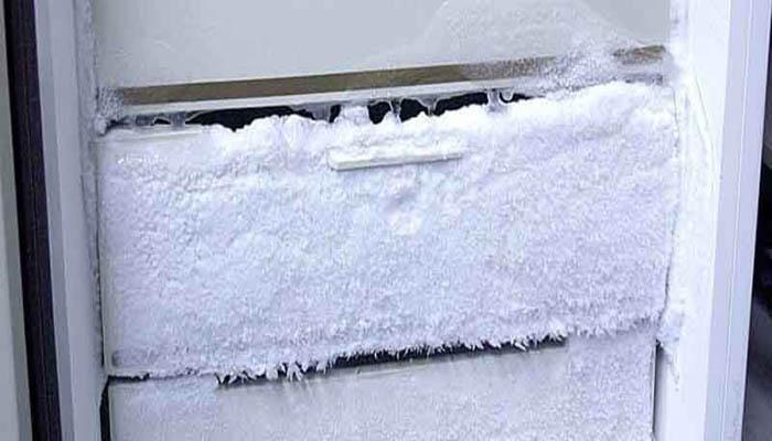 علت برفک یخچال